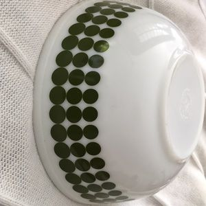Other - Mid century Pyrexx green dot bowl